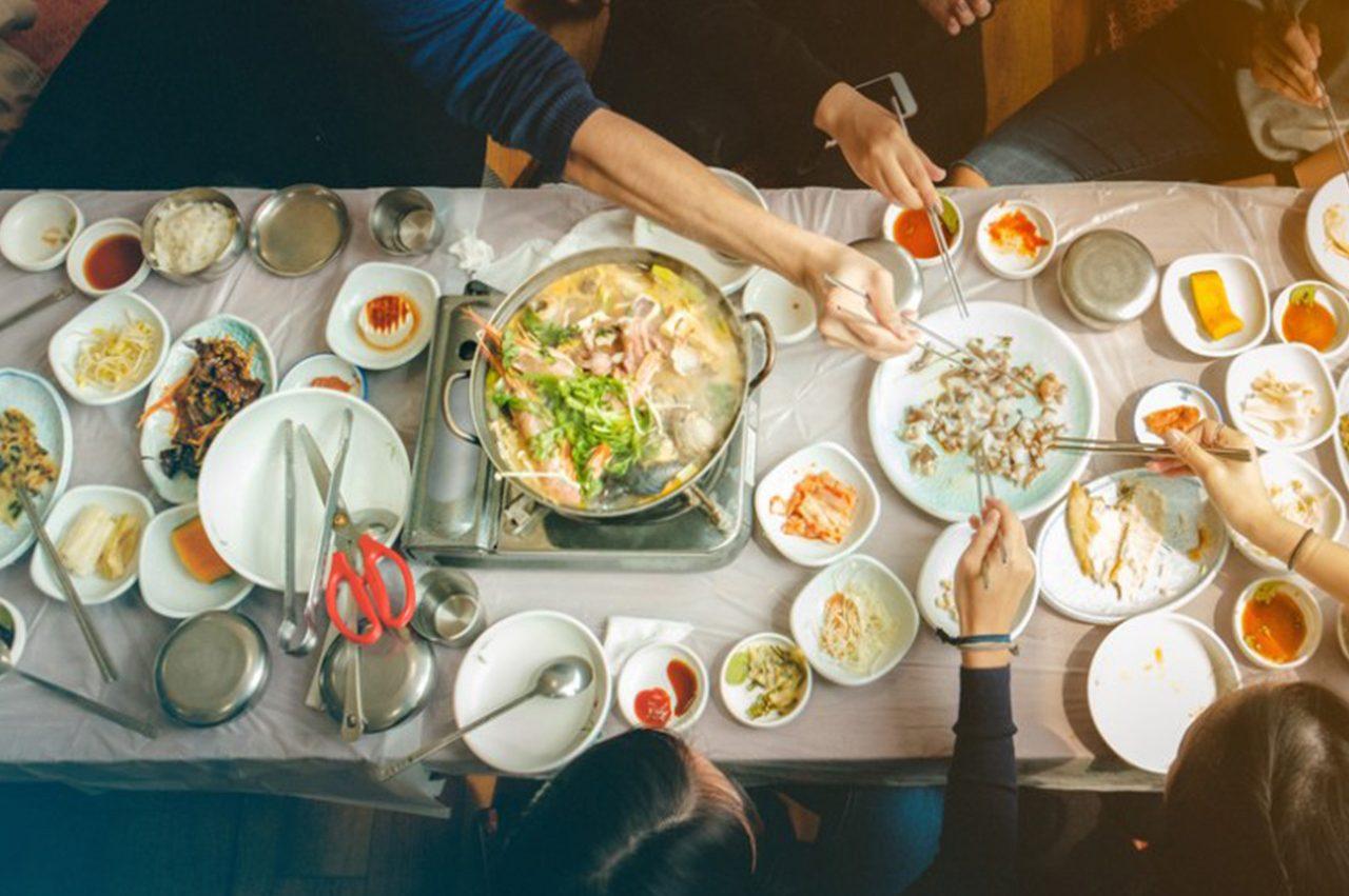 Eticheta coreeană: bunele maniere la masă